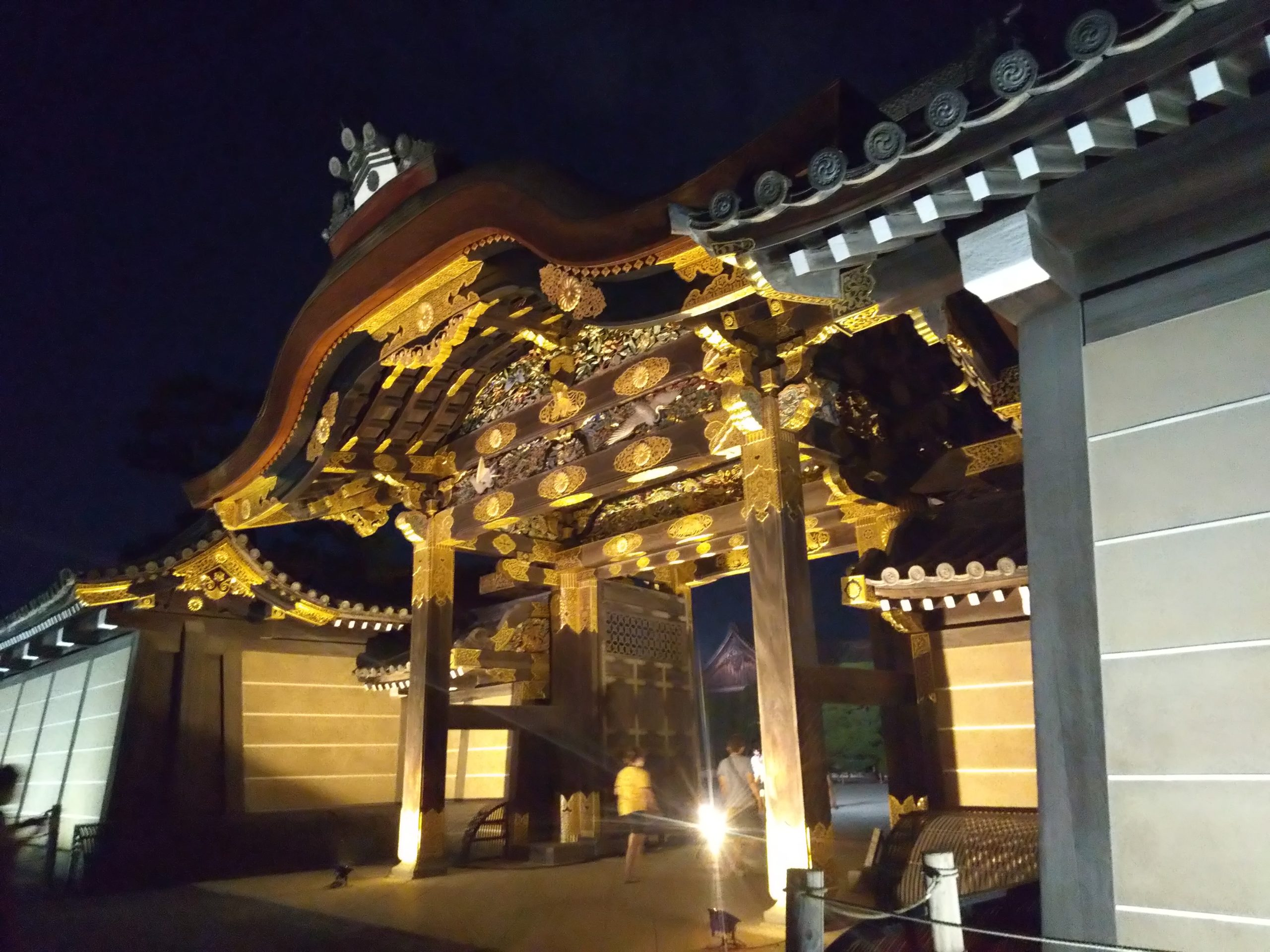 二条城 夜の唐門